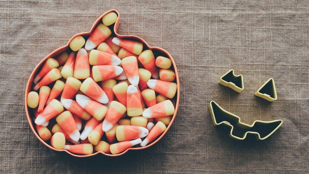 Halloween candy and teeth